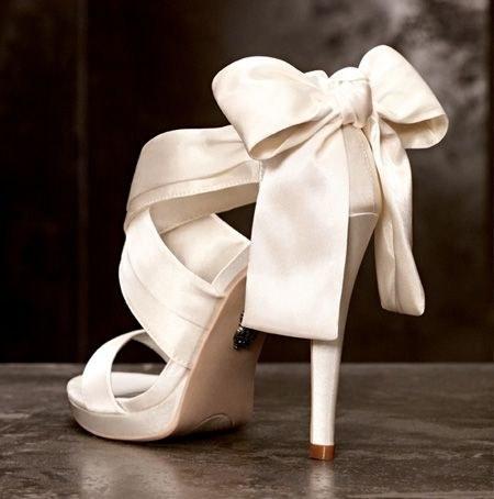 zapatos-de-novia-con-lazo - actievents ™ | organización de eventos y