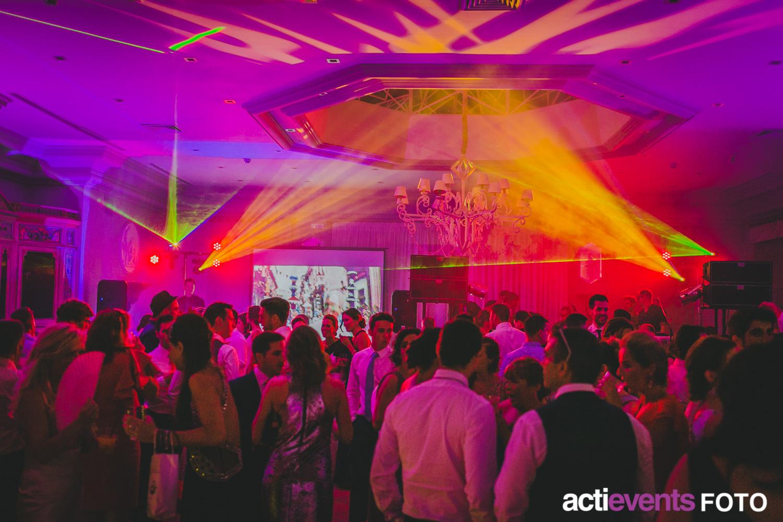 Dj 180 S Para Fiestas Eventos Bodas Etc Actievents