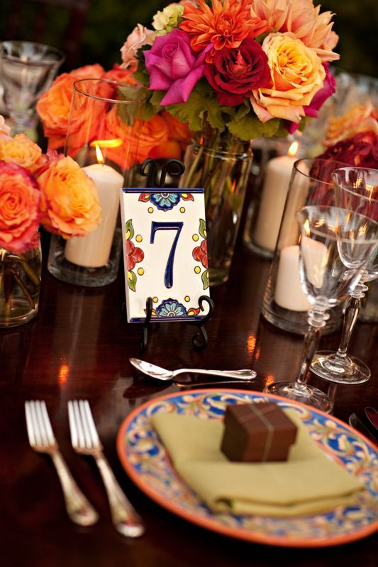 meseros-boda-azulejo-porcelana